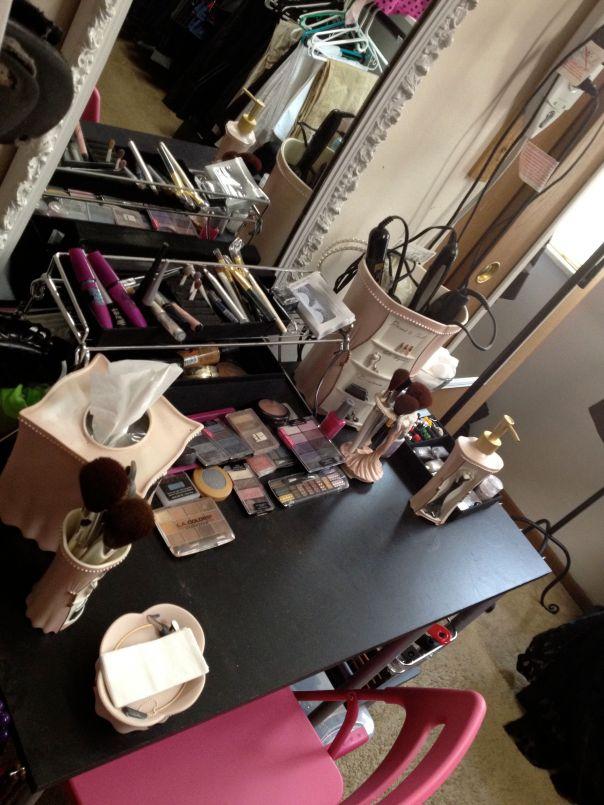 """""""Makeup vanity"""""""