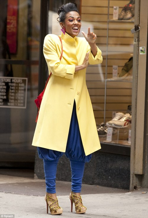 Yellow coat! Gorgeous!