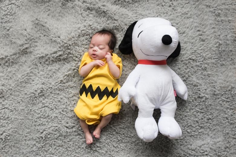 Baby Snoopy newborn photos